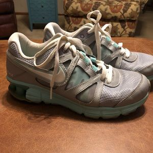 Women's Nike Shoes GUC